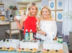 Kym Douglas is on hand to show off the beauty benefits of seaweed and how it can help your skin to stay hydrated! Get more Home & Family How-To's here: http:. Beauty Secrets, Diy Beauty, Beauty Hacks, Beauty Tips, Beauty Stuff, Secret House, The Secret, Halloween Lawn, Home And Family Hallmark