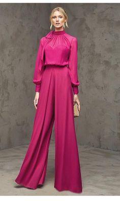 Pronovias > FLORIA - Party one-piece trousers with long sleeves Modest Fashion, Hijab Fashion, Fashion Show, Fashion Dresses, Fashion Design, Hijab Stile, Bridal Fashion Week, Mode Hijab, Elegant Outfit