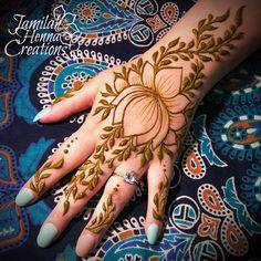 Lotus and vines. A henna favorite . Finger Henna Designs, Mehndi Designs For Hands, Modern Mehndi Designs, Mehandi Designs, Henna Canvas, Henna Mehndi, Mehendi, Engagement Mehndi Designs, Natural Henna