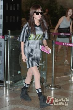 """Dara at Gimpo Airport Off to Japan for 2NE1′s """"All Or Nothing"""" Concert"""