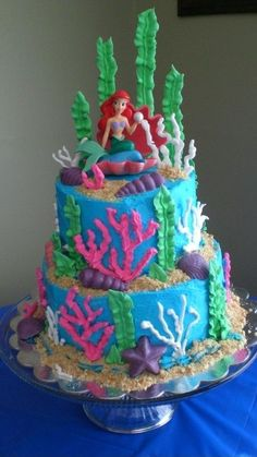 Little Mermaid Cake. I need this for my next birthday.