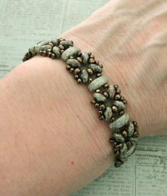 Linda's Crafty Inspirations: Sandra Bracelets with Cali Beads