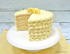 Moist and Delicious Lemon Cake Recipe from a doctored cake mix! This lemon cake is a slice of heaven, sure to be a crowd pleaser! Best Lemon Cake Recipe, Lemon Curd Recipe, Lemon Recipes, Cake Mix Recipes, Frosting Recipes, Dessert Recipes, Dinner Recipes, Cake Mix Cookies, Cookies Et Biscuits