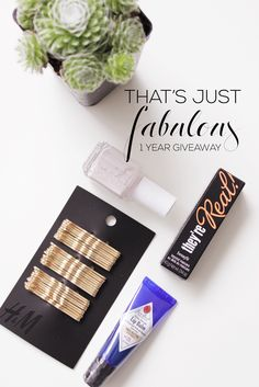 That's Just Fabulous, One Year Of Blogging Giveaway!