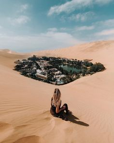 Huacachina, Peru Peru Travel Destinations Honeymoon Backpack Backpacking Vacation Wanderlust Budget Off the Beaten Path South America Machu Picchu, Places To Travel, Travel Destinations, Places To Go, Holiday Destinations, Trip With Friends, Huacachina Peru, Amazing Places On Earth, Wonderful Places