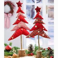 Fabric Christmas Trees on dowels with a wooden base. Fabric Christmas Trees, Diy Christmas Tree, Homemade Christmas, Christmas Projects, Christmas Time, Christmas Decorations, Christmas Ornaments, Xmas Trees, Christmas Makes