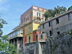 Sorrento, oraşul care te recheamă - Ioana Vesa Sorrento, Mansions, House Styles, Home Decor, Decoration Home, Manor Houses, Room Decor, Villas, Mansion