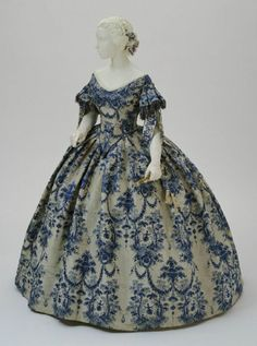 Evening dress ca. 1850-55    From the Philadelphia Art Museum