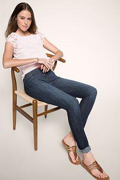 Esprit - High-Waist-Jeans mit höherem Bund im Online Shop kaufen Dark Blue Skinny Jeans, Slim Fit, High Waist Jeans, Neue Trends, Capri Pants, Fashion, Women's, Moda, High Waisted Mom Jeans
