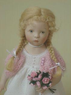 Une jolie poupée de Sylvia natterer