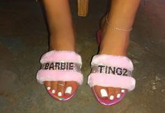 Cute Slides, Furry Boots, Cute Sandals, Uggs, Fashion Shoes, Babe, Slippers, Stylish, Sneakers