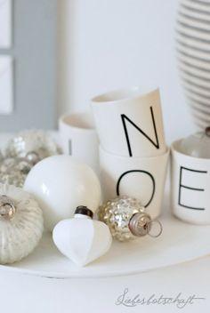 Christmas decor www.MadamPaloozaEmporium.com www.facebook.com/MadamPalooza