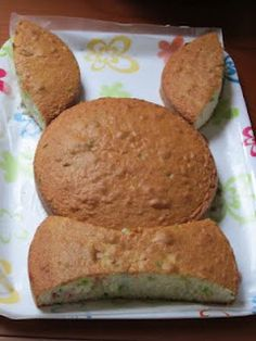 Easter bunny cake from 2 round cakes
