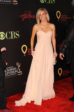 Laura Wright Evening Dress - Laura looked regal at the Daytime Emmy Awards in a strapless chiffon evening gown.