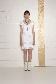 #danieladallavalle #collection #ss16 #elisacavaletti #dress #necklace #ankleboots #boots #jewellery #white #stripes #beige #gold #leather
