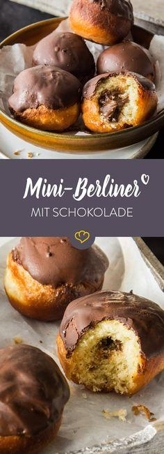 Leckere Nougat-Buttercreme und ein süßes Schokoladentopping machen diese Berliner zu den Lieblingsberlinern aller Schokoholics!