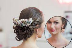 Handmade flower crown from Vienna. ❤ Exclusive custom made wedding crowns for brides ❤ Blumenkranz handgemacht in Wien anfertigen lassen. Boho, Handmade Flowers, Flower Crown, Headpiece, Bridesmaid, Design, Hair, Wedding, Style
