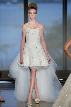 Wedding Dress Obsessed: The 6 Biggest Bridal Trends For Fall 2014: Surveys show that the long weekend surrounding Martin Luther King Jr. Day could be the biggest for wedding dress shopping, and if you're one of the brides-to-be heading out, what better way to prep for an important bout of shopping than browsing for inspiration?