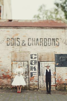 vintage bride retro groom by Jonathan Ong