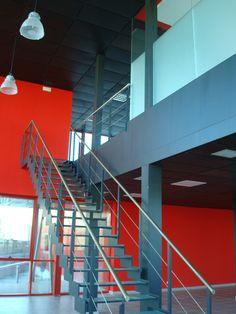 Interior de Nave Industrial diseñada por NRCR ARQUITECTOS