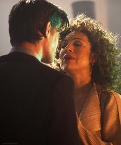 Eleven and River Song= Favorite Geek Couple Ever!!!