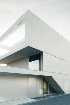 e2a architects / lakeside house
