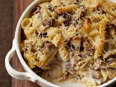 200912-r-cheesy-pasta-casserole.jpg