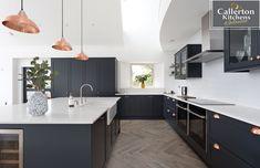 Balham 70 Flat Painted, manufactured by in the North East of England. Kitchen Cabinet Design, Kitchen Interior, Kitchen Decor, Open Plan Kitchen Dining Living, New Kitchen, Kitchen Island, Bespoke Kitchens, Luxury Kitchens, Kitchen Diner Extension