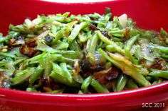 Green Beans with Carmelized Onions and Toasted Almonds   AllFreeCasseroleRecipes.com