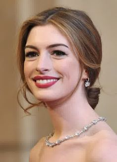 Classic Hairdo with Modern Touch : Anne Hathaway Classic Hairdo With Modern Touch