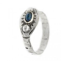Blue sapphire Ring.