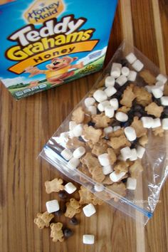 This S'mroes Trail Mix with HONEY MAID Teddy Grahams is such an easy idea for on-the-go snacking!