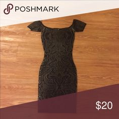 ❓❓GUESS❓❓ sexy form fitting dress 🌟 So pretty!! Bodycon Guess Dresses Mini
