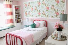 Pictures of anthropologie wallpaper bedroom - Big Girl Bedrooms, Little Girl Rooms, Girls Bedroom, Dream Bedroom, Home Bedroom, Bedroom Decor, Bedroom Headboards, Bedroom Ideas, Ideas Dormitorios
