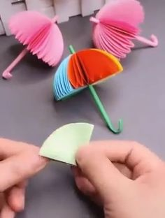 Cool creative paper craft ideas , Greatest Origami Report Origami is one associated with the most … Diy Crafts Hacks, Diy Crafts For Gifts, Diy Home Crafts, Diy Arts And Crafts, Creative Crafts, Fun Crafts, Creative Ideas, Summer Arts And Crafts, Art Origami