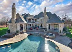 Dream house : jacuzzi : pool : amazing backyard