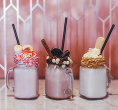 In love with our hotdogs? Then you must love our freakalicious milkshakes too! #freakshakes #freakalicious #milkshakes #strawberry #vanilla #chocolate #devotion #oreo #marshmellow #biscuits #nutella #lemoncurd #sweettooth #hotdogbar #bullsanddogs #amsterdam #foodstyling #photography @pie_aerts by bullsanddogs