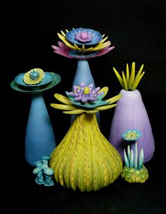 Floral Dreamscape 1 by Carol Simmons. Polymer Clay and wire… Polymer Clay Flowers, Ceramic Flowers, Fimo Clay, Polymer Clay Projects, Polymer Clay Beads, Book Sculpture, Sculptures, Clay Design, Clay Creations