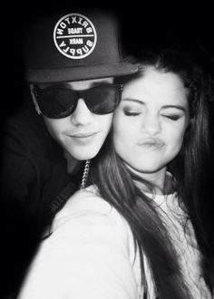 Aww! Omb this is so cute! They are the perfect couple! #JelenaForever