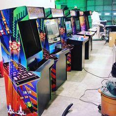 By retroactivearcade: Shop is in full force for Christmas! A lot of happy customers this year. @retroactivearcade #retro #retroactivearcade #pinball #awesome #arcades  #arcade #multicade #customarcade #buyarcade #yeg #mame #4playerarcade #fightsticks #arcadeconsole #arcadecontroller #wtf #canadaarcade #arcadeparts #wicked #jamma #oldschool #oldschoolarcade #cocktail #cocktailarcade #bartops #bartoparcade #standuparcade #arcade #micrhobbit
