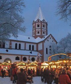 Romantisches Weihnachtsdorf in Düsseldorf-Gerresheim