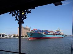 Maersk Ship on the Savannah River Lion Live Wallpaper, Live Wallpapers, Maersk Line, Shipping Containers, Sea And Ocean, Deep Sea, Savannah Chat, Denmark, Boats