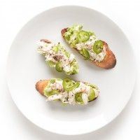 Crab + Cornerstone #Oregon Chardonnay = Heaven. Try this Crab Toast with Lemon Aioli for a lighter #Thanksgiving appetizer