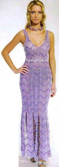 Вязаное крючком длинное платье