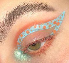 @towriup on ig Eye Makeup Art, Sfx Makeup, Cute Makeup, Eyeshadow Makeup, Fairy Makeup, Crazy Makeup, Makeup Goals, Makeup Inspo, Makeup Inspiration