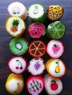 Ohhh!!Me encantaban estos caramelos...no los había vuelto a ver desde las cabalgatas de Reyes de peke...