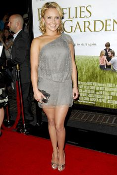 Hayden Panettiere and Julia Roberts at Fireflies in the Garden premiere