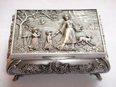 Wonderful Beautiful  Tibet silver carved elephant sunflower  jewelry box