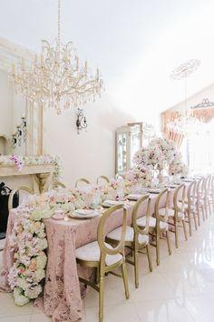 La Tavola Fine Linen Rental: Liza Blush over Nuovo Champagne | Photography: Lunda de Mare Photography, Event Planning & Design: Mirror Mirror Events & Design, Floral Design: Ambiance Floral Design