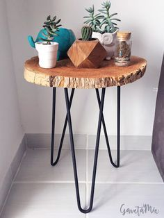 Live Edge Furniture, Pipe Furniture, Wood Resin Table, Diy Resin Crafts, Coffe Table, Decorating Coffee Tables, Diy Home Decor Projects, Small Tables, Furniture Inspiration